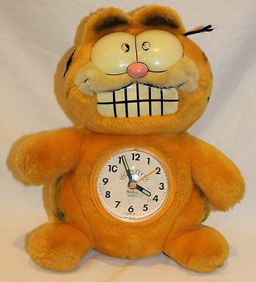 Vintage 1981 Glow In The Dark Garfield Plush Clock Armitron Germany Cat