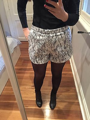 Black And White Ladies Winter Shorts Size 12