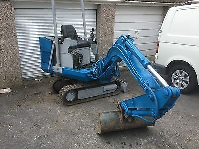 Atlas mini digger 1.5 tonne.new tracks and 3 buckets 1996 German quality