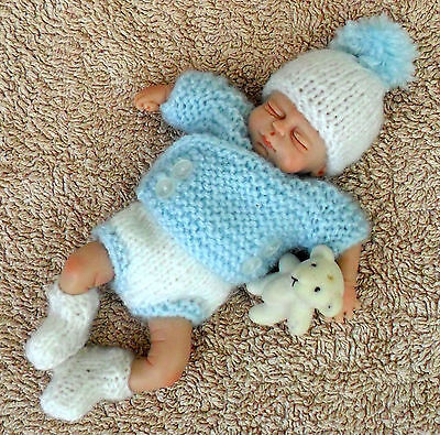 Knitted Outfit For A 4.5 - 5 Inch Ooak Baby
