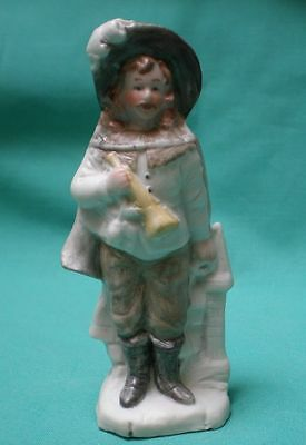 porcelain figure of a hunter / bisque