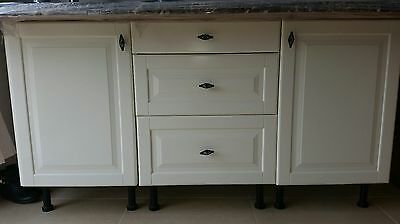 Stunning kitchen Island / Breakfast Bar - Ikea