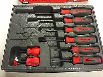 Snap On 8 Piece Soft Grip Combination Screwdriver Set In Red