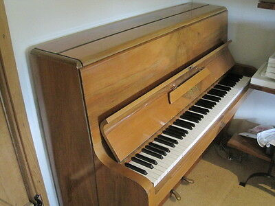 Piano - Berry, upright