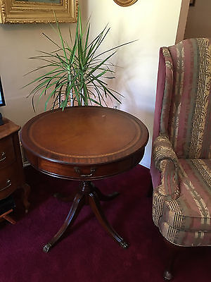 Solid Mahogany Duncan Phyfe Side Table C.1940
