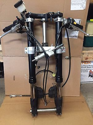 06 07 Suzuki GSXR 600 750 Front End Forks Fork Triple Clamps Brake Left Right