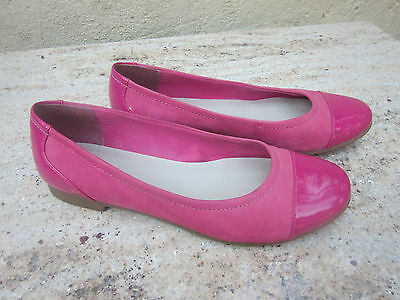 Pretty Clarks ballet pumps in pink suede and patent leather, size 5.5