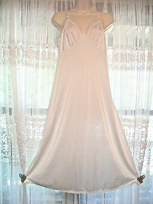 Lovely Shadowline Silky Ivory Full Slip~Bust 38~Made In Usa~Lace Edging~M/l~