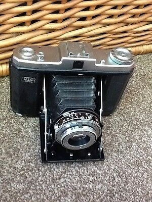 Vintage Zeiss Ikon Nettar Folding Camera With Case