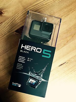 GoPro Hero 5 Black W/ PACKAGING Inc' Alloy Case/52mm Lenses/Cleaning Cloths!