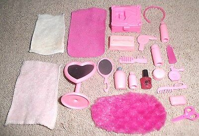 BARBIE DOLL CLOTHES ACCESSORIES - 22pc PINK COSMETIC HAIR MAKE-UP BATHROOM SET