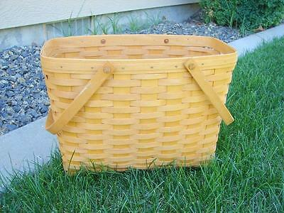 Retired 1998 Longaberger Magazine Basket