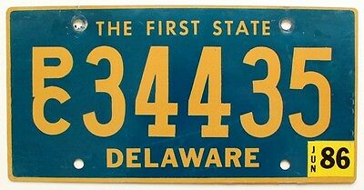 """Delaware 1986 """"The First State"""" Station Wagon SUV License Plate, Nice Natural"""