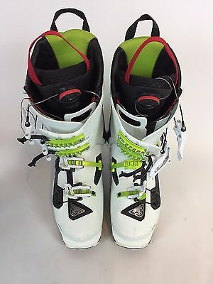 Dynafit Ski Boots Carbon Size Left Foot 25.5 Right Foot 26.5  H4