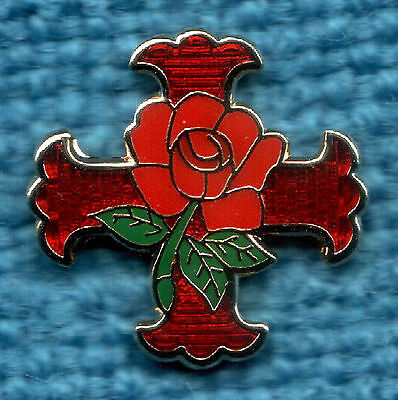 MASONIC Lapel Tie Pin Gilt Red and Green enamel - ROSE CROIX