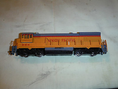 Bachmann Ho Scale Union Pacific Powered Diesel Engine--Road #824