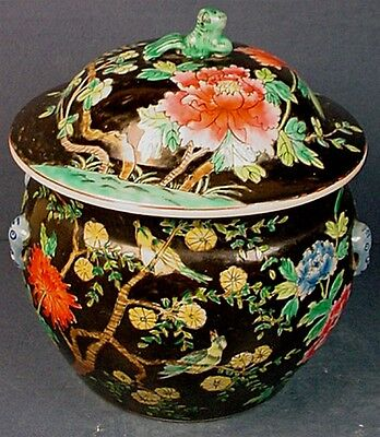 VINTAGE CHINESE FAMILLE NOIR PORCELAIN COVERED POT with JIAN DING EXPORT SEAL