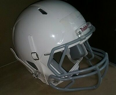Riddell Speed Classic Football Helmet in Adult Large White