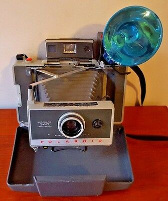 Vintage Polaroid Land Camera Model 340 with Flash and Case