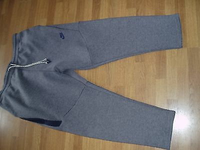 Mens Casual Jogging cropped pants size XL........Nike