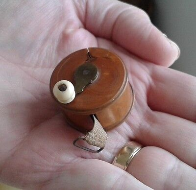 c1870 FRENCH VICTORIAN BOXWOOD TAPE MEASURE - SEWING NEEDLEWORK (FISHING REEL)