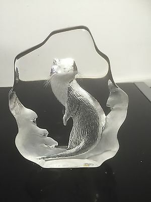 """Mats Jonasson Large """"Otter"""" Paperweight Signed With Original Label"""