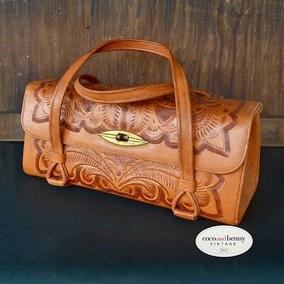 *Vintage 70's Mexican Tan Leather Tooled Handbag