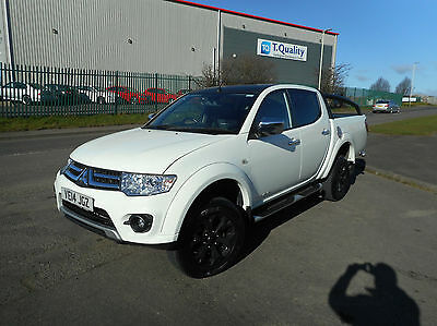 Mitsubishi L200 Barbarian Black Auto Diesel 4X4 Double Cab Leather Sat Nav
