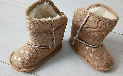 baby girls shoes size 0 - 3 months