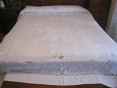 Fabulous Antique Victorian Intricately Hand Embroidered Large Qs Bedspread