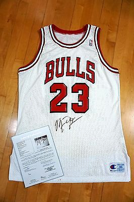 Signed 1990-91 Champion Bulls Michael Jordan Game Worn Home Jersey 46+3 LOA Used