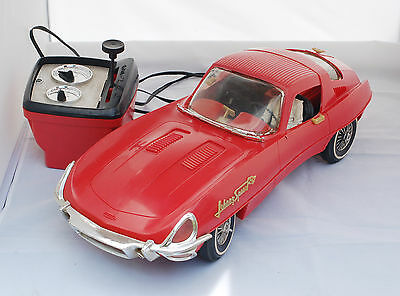 Vintage JOHNNY SPEED JAGUAR LARGE RACING CAR Battery Operated TOPPER TOYS 1960s
