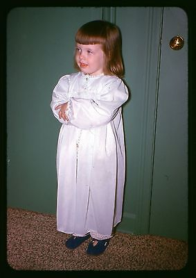 Original 35mm Photo slide 1963 Little girl in nightgown Pjs