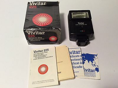 VINTAGE Vivitar Camera Auto Electronic Flash Thyristor 225 ~ Boxed