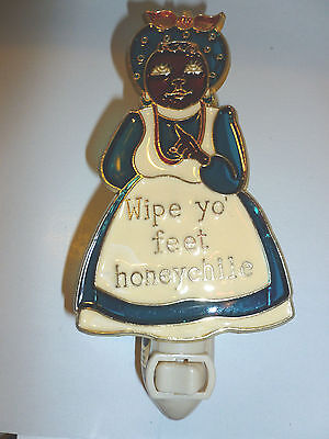 "Stain Glass Style - ""WIPE FEET HONEY CHILE""    NIGHT LIGHT"