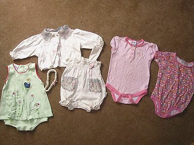 Lot of 4 cute summer baby girl outfits, size 6-12 months, GAP, Carters