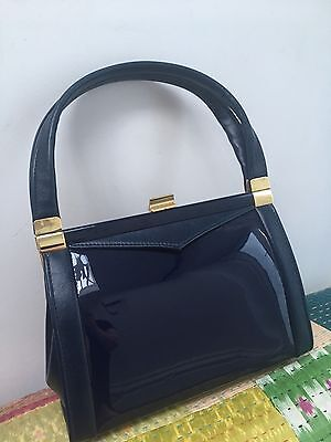 VINTAGE 60s NAVY BLUE PATENT FAUX LEATHER HANDBAG BY VANITY FAYRE KELLY BAG