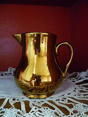 WADE: Gold Lustre Small Jug: Milk: Made in England