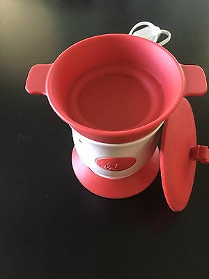 SCENTSY *Velata* *Fondue Warmer* *Red & White* *Gently Used*