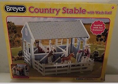 Breyer Country Stable With Wash Stable Complete In Box