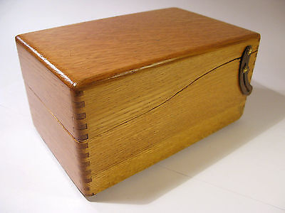 Antique Solid Oak Index Card File Box with Lid Support.