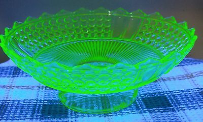 Rare 1000 eye vaseline glass pedistall bowl saw tooth beautiful piece