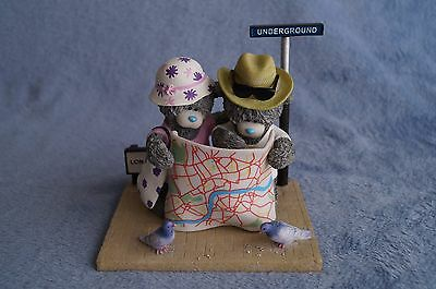 """Me to You  figurine """"Streets of London- Going Underground """" Bargain  NEW"""
