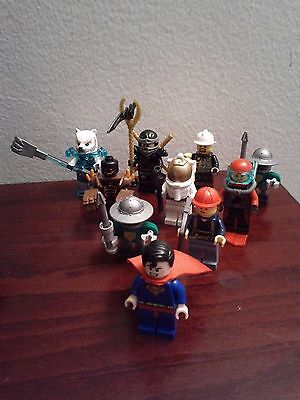 lot of 10 minifigures lego .