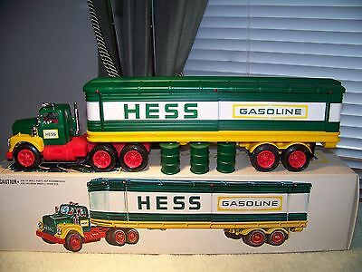 1975 HESS Box Trailer Barrel Truck w/box, inserts, etc.  (Very Nice Condition!)