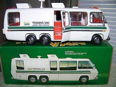 1980 HESS TRAINING VAN --  (NICE! Complete w/ Box, Inserts, Instructional Card)