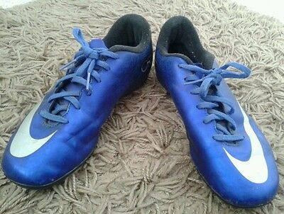 Boys nike mecurial CR7 football boots size 5
