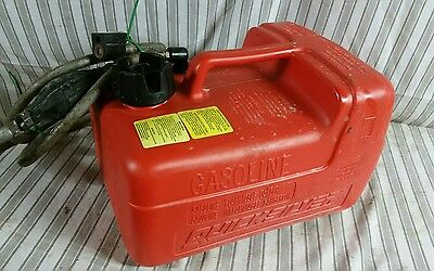 Quicksilver Marine Outboard Fuel Gas Tank 3 Gal With Pump Hose ..
