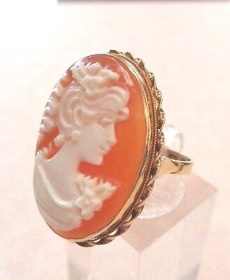 Signed 14 k GOLD Carved Shell CAMEO RING - ITALY - Size 8