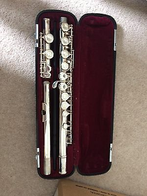 Yamaha flute 311II in excellent condition